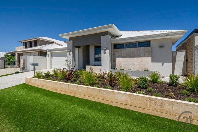 Picture of 19 Estuary Place, WANNANUP WA 6210