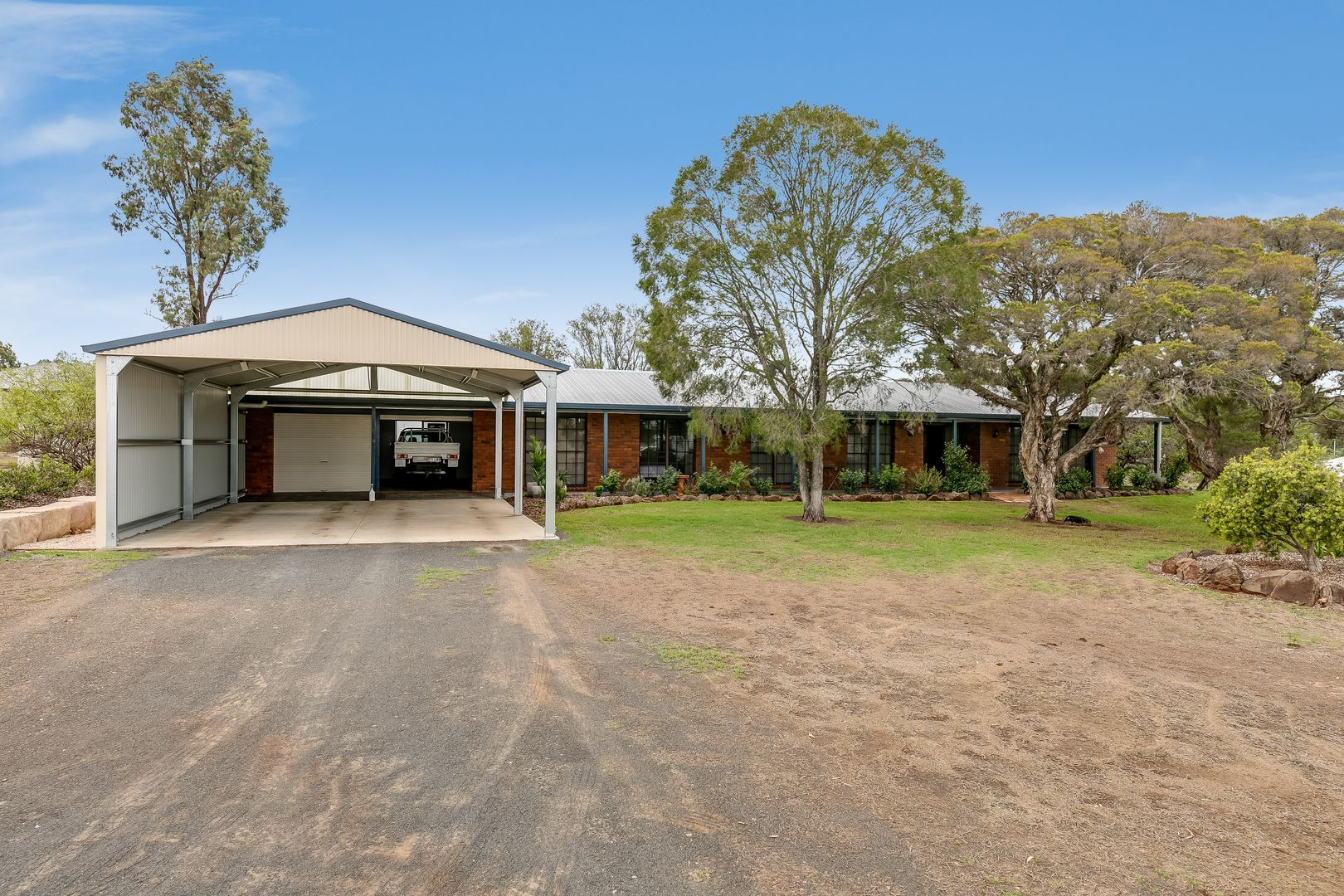1 Kingston Road, Hodgson Vale QLD 4352, Image 1