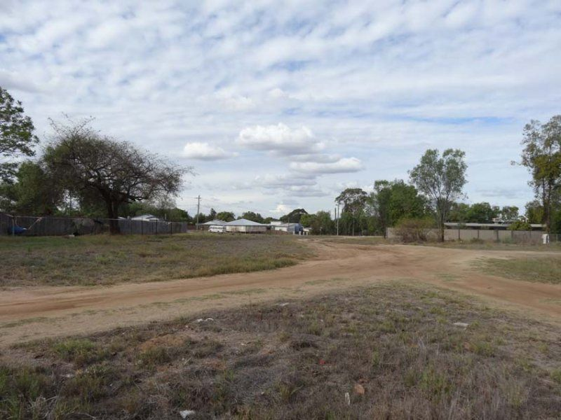 Lot 2 & Lot 3 Dundee Street, Queenton QLD 4820, Image 1