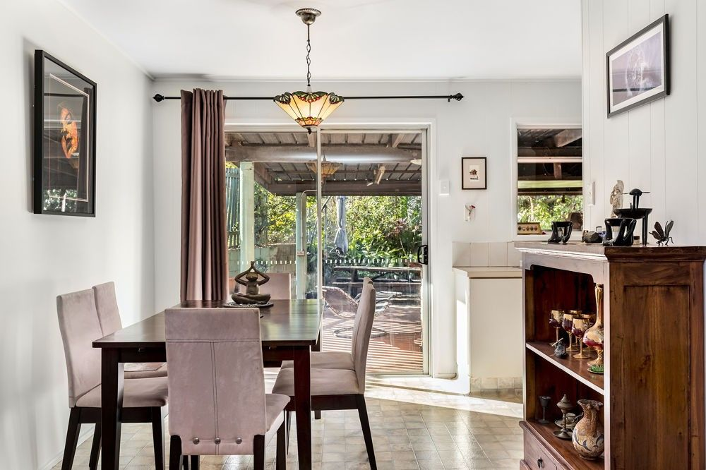 86 Illuta Avenue, Ferny Hills QLD 4055, Image 2