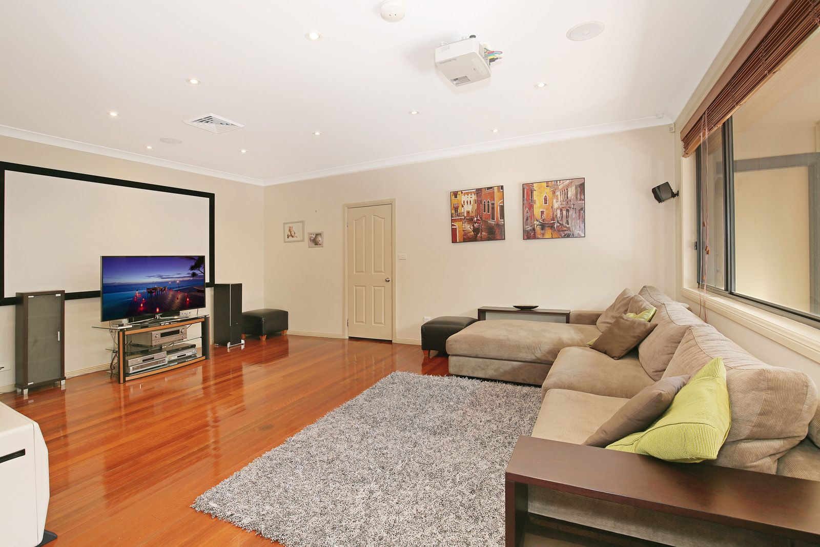 25 Whiteman  Avenue, Bella Vista NSW 2153, Image 2