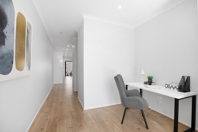 Picture of 2/4 Seymour Street, BROADMEADOWS VIC 3047