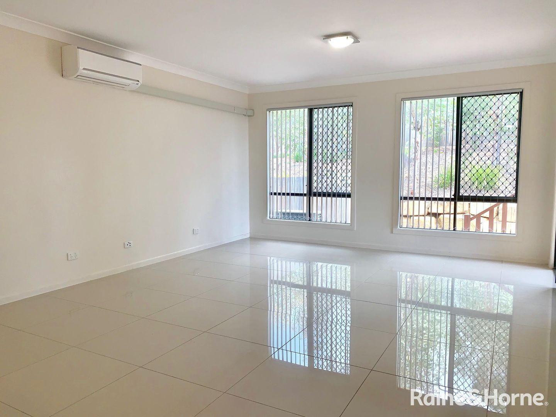 1/18 Sapium Street, Kingston QLD 4114, Image 2