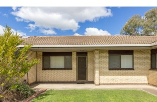 2/425 Urana Road, Lavington NSW 2641