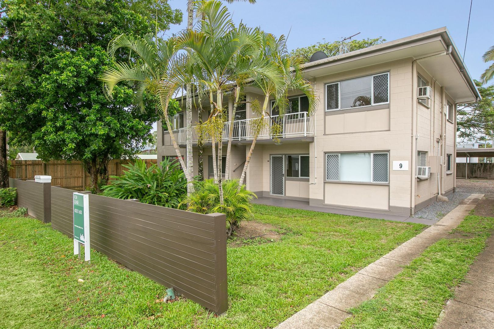 4/9 Sondrio Street, Woree QLD 4868, Image 0