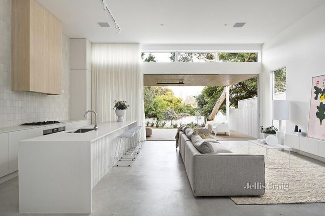Picture of 32 Christmas Street, NORTHCOTE VIC 3070