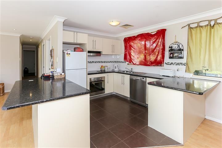 12 Brooks Street, Bonnells Bay NSW 2264, Image 2