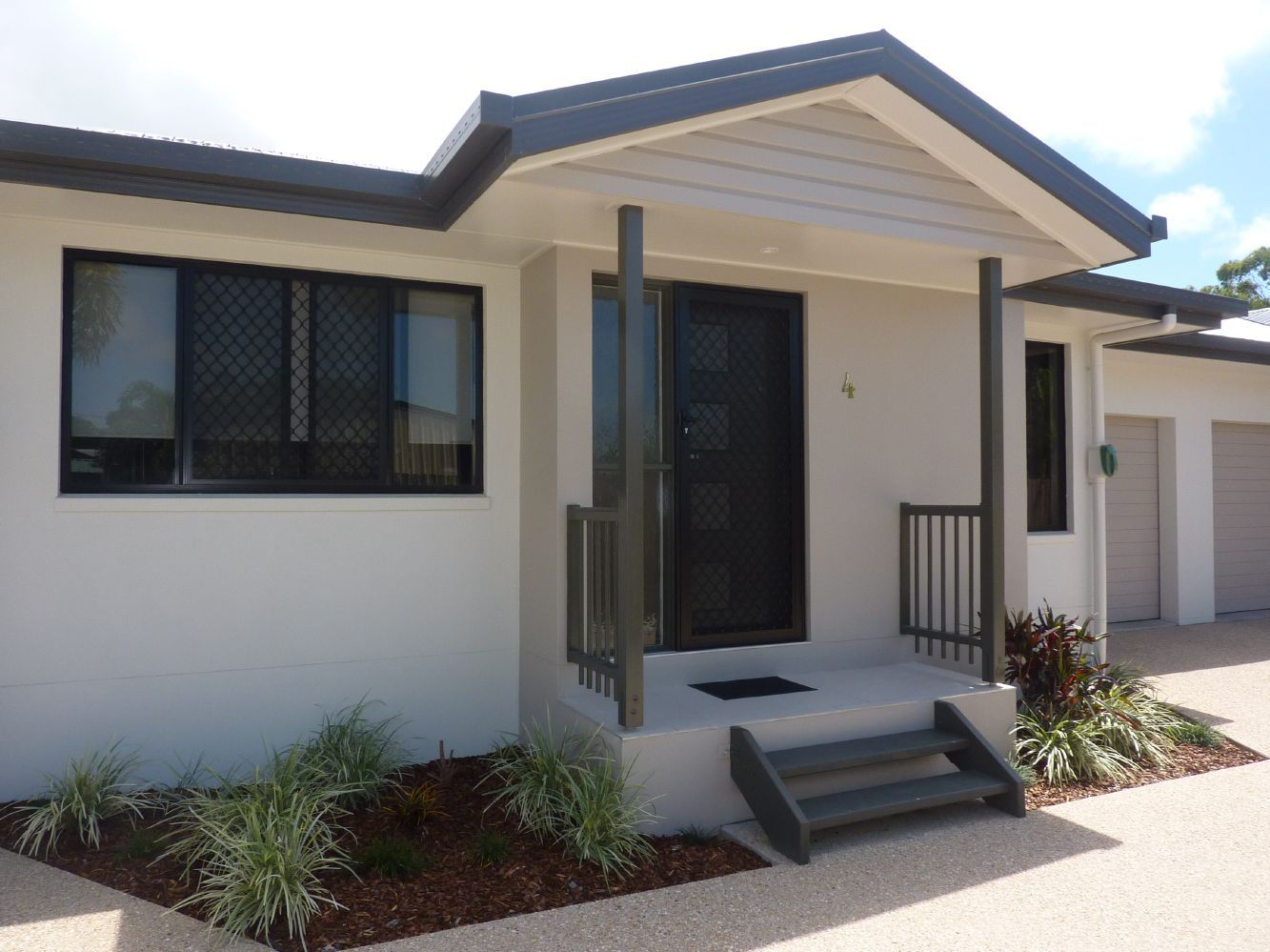 4/22 Canberra Street, North MacKay QLD 4740, Image 0