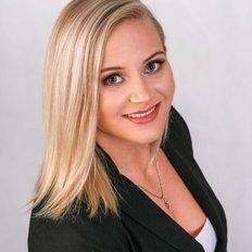 Amanda Carter, Sales representative