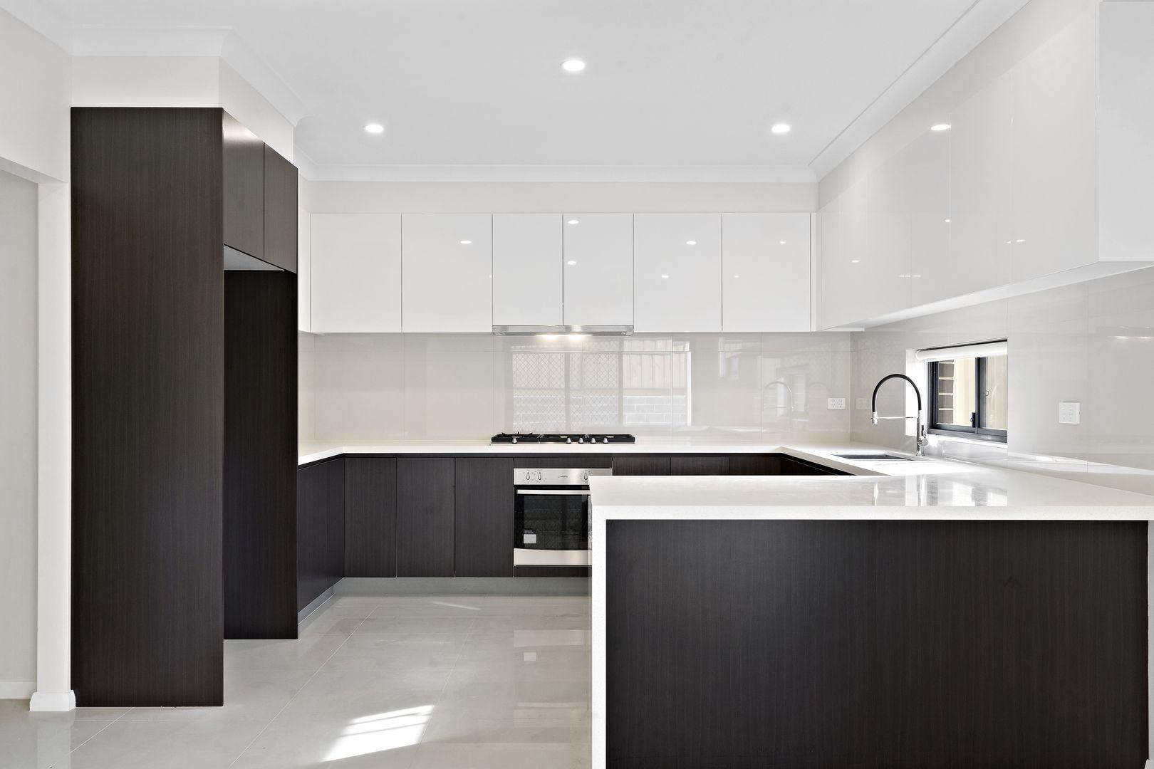 12 Angophora Avenue, Kingswood NSW 2747, Image 1