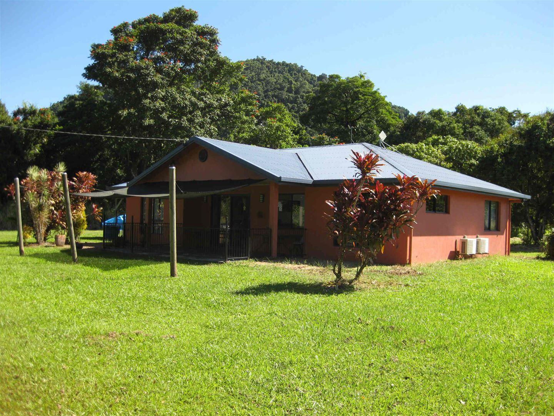 1367 Old Tully Road, Maadi QLD 4855, Image 0