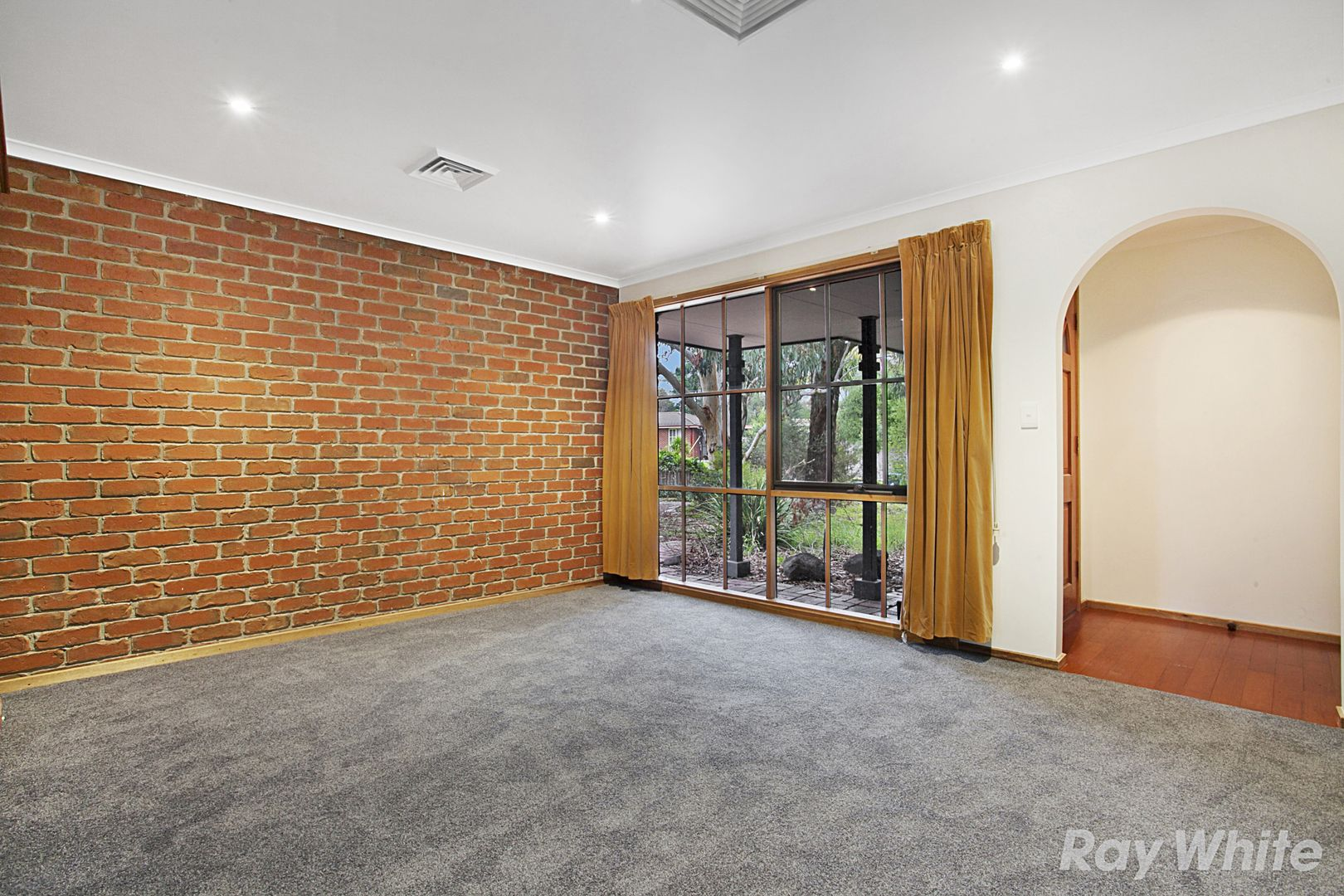 10 Trevena Close, Rowville VIC 3178, Image 1