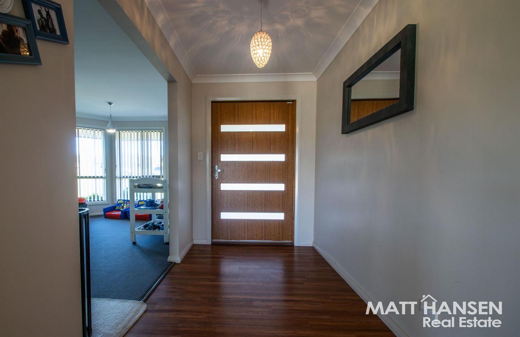 90 Torryburn Way, Dubbo NSW 2830, Image 2
