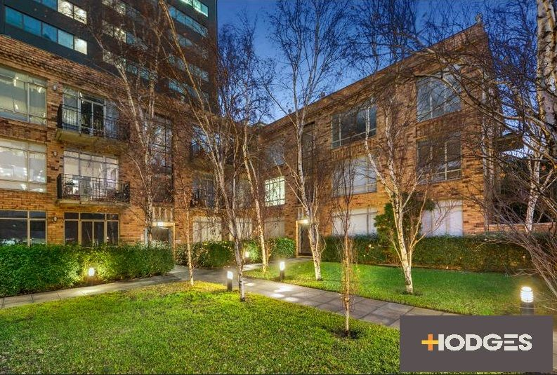 11/8 Louise  Street, Melbourne 3004 VIC 3004, Image 0