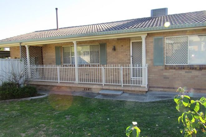 Picture of 22 Kuloomba Street, HILLVUE NSW 2340