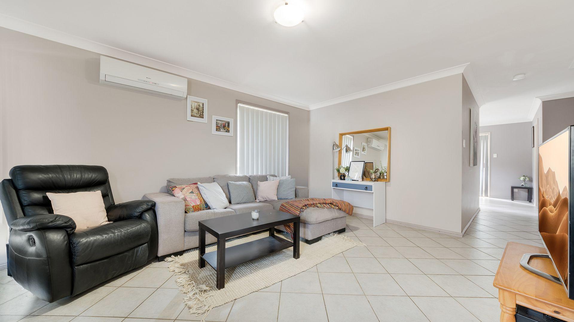 8 Buna Close, Mount Annan NSW 2567, Image 1