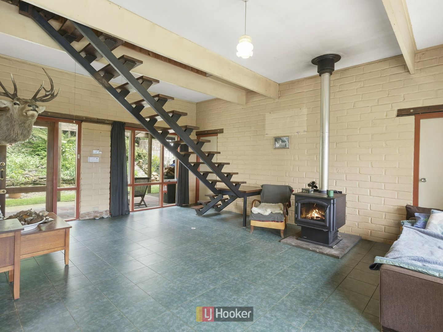 45 Southorn Street, Beech Forest VIC 3237, Image 2