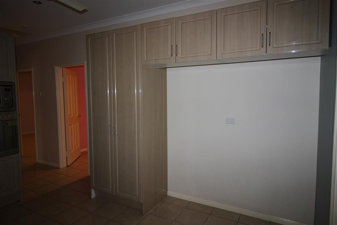 22 Weaver Place, South Hedland WA 6722, Image 2