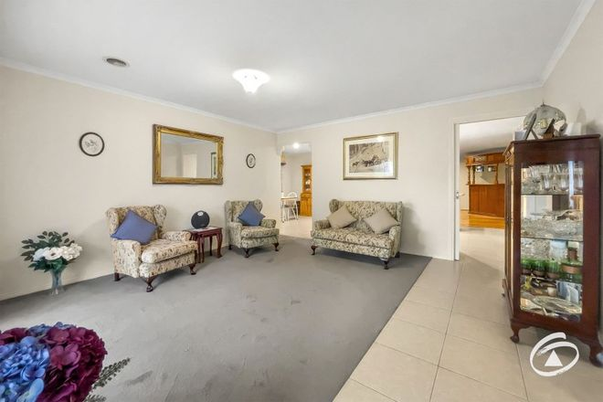 Picture of 15 Yardley Court, BERWICK VIC 3806