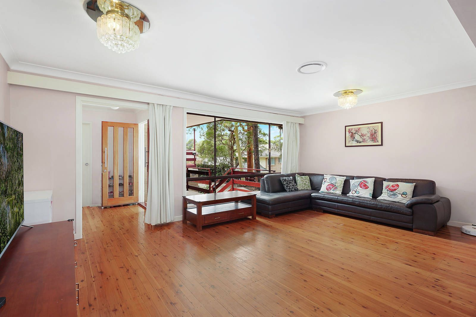 23 Clovelly Road, Hornsby NSW 2077, Image 2