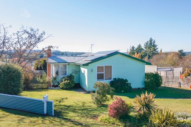 Picture of 12 East Westbury Place, DELORAINE TAS 7304