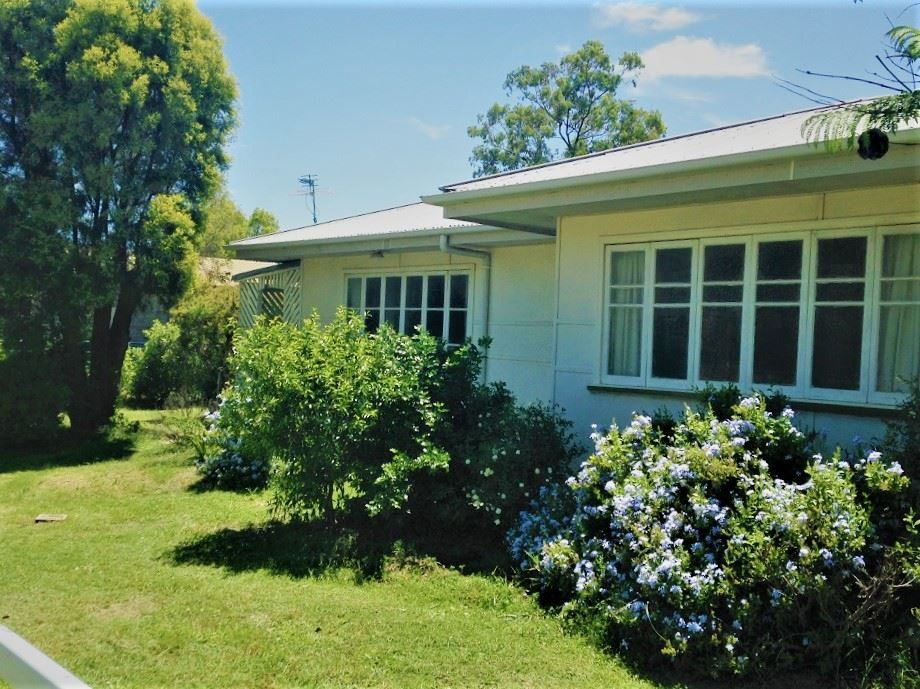 43 Annandale Street, Injune QLD 4454