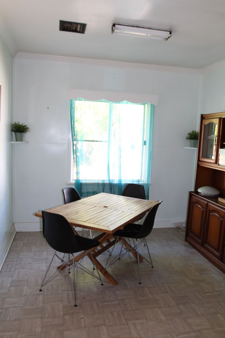180 Parry Street, Charleville QLD 4470, Image 1