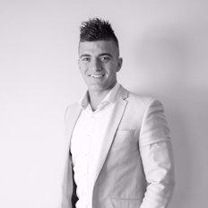 Nick Clarke, Sales representative
