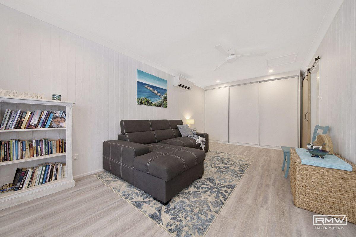 27 Pinnacle Street, Causeway Lake QLD 4703, Image 2