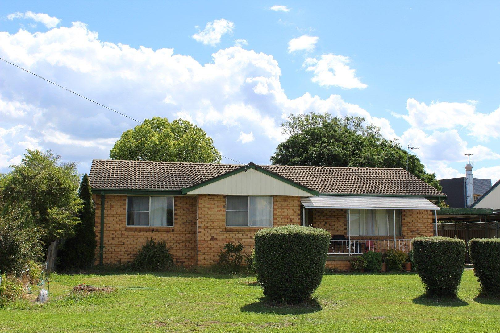 13 Karloo Street, Tamworth NSW 2340, Image 0