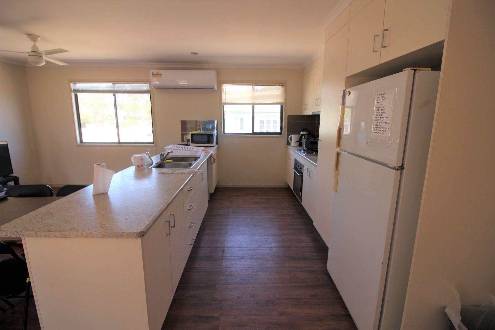 14 Boorunbeh St, Gayndah QLD 4625, Image 2