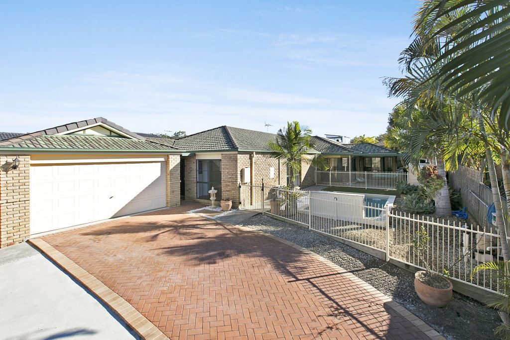 4 Kenny Court, Wakerley QLD 4154, Image 0
