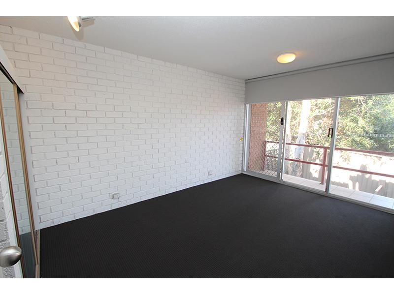 7/37 Kitchener Parade, Newcastle NSW 2300, Image 2