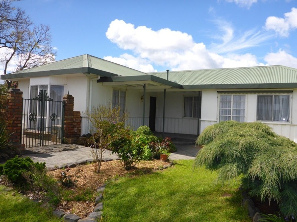 456 Hall Avenue, Lavington NSW 2641, Image 0
