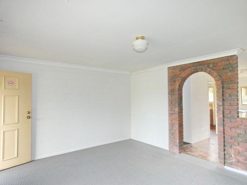 9 Short Street, Loganlea QLD 4131, Image 2