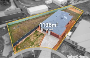 Picture of 16 Lauder Place, Romsey VIC 3434
