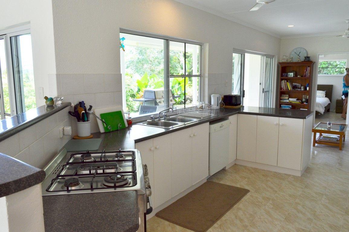 191 Lindsay Road, Carmoo QLD 4852, Image 2