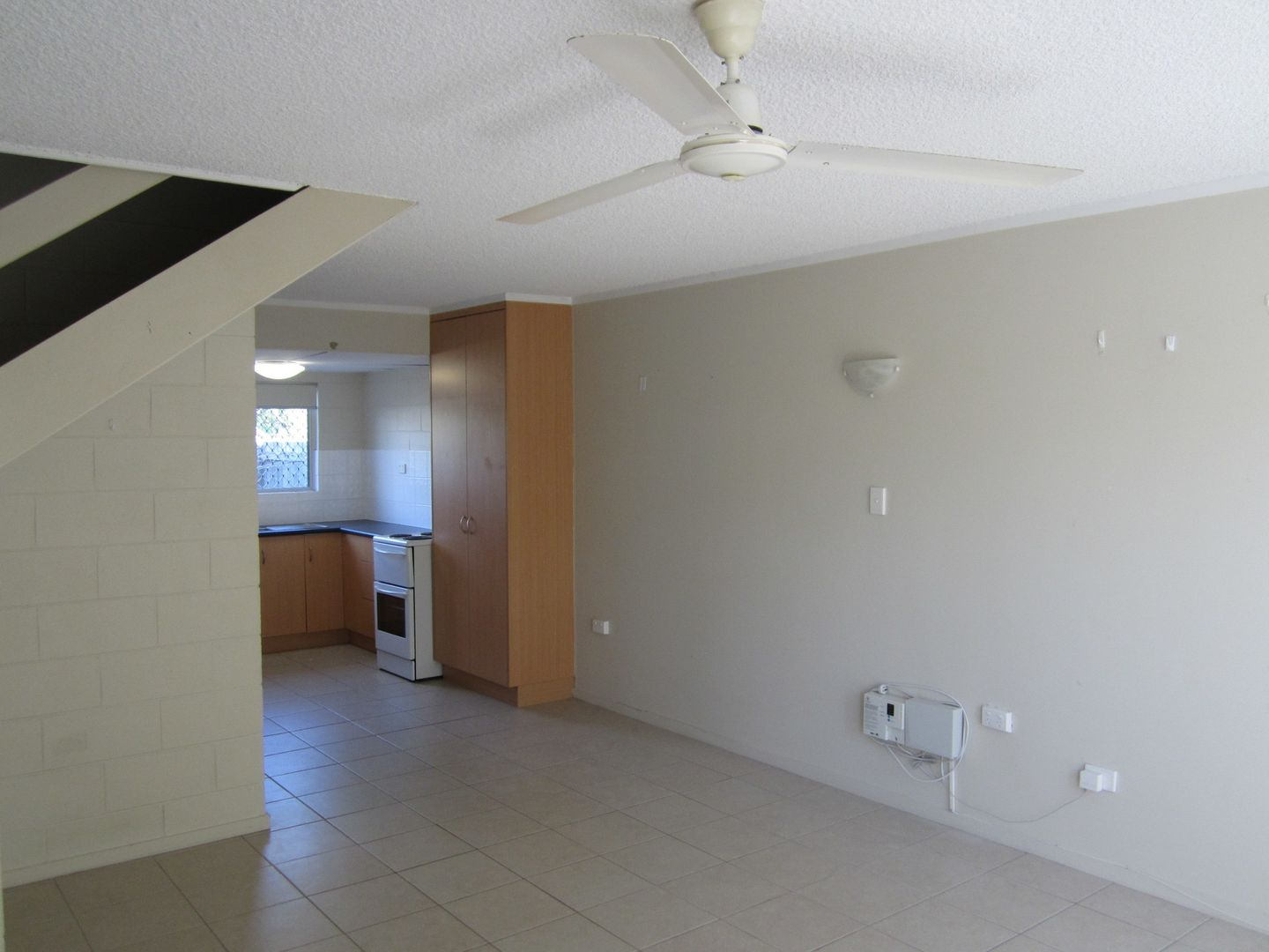4/165 Francis Street, West End QLD 4810, Image 2