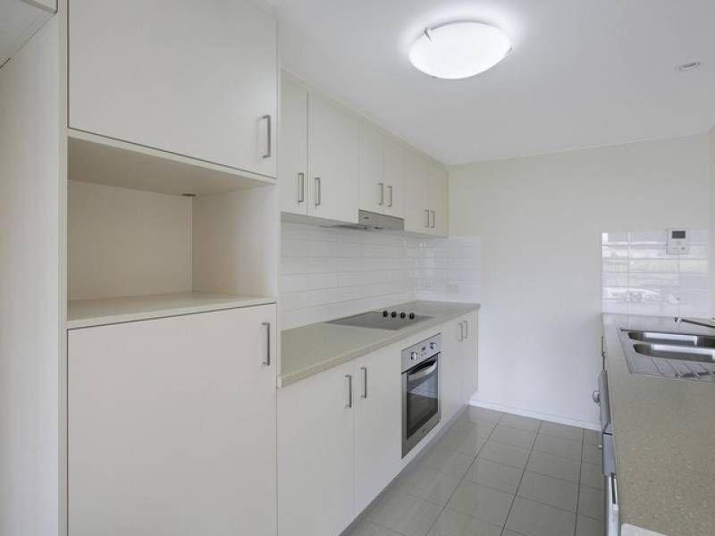 2180 Logan Road, Upper Mount Gravatt QLD 4122, Image 2