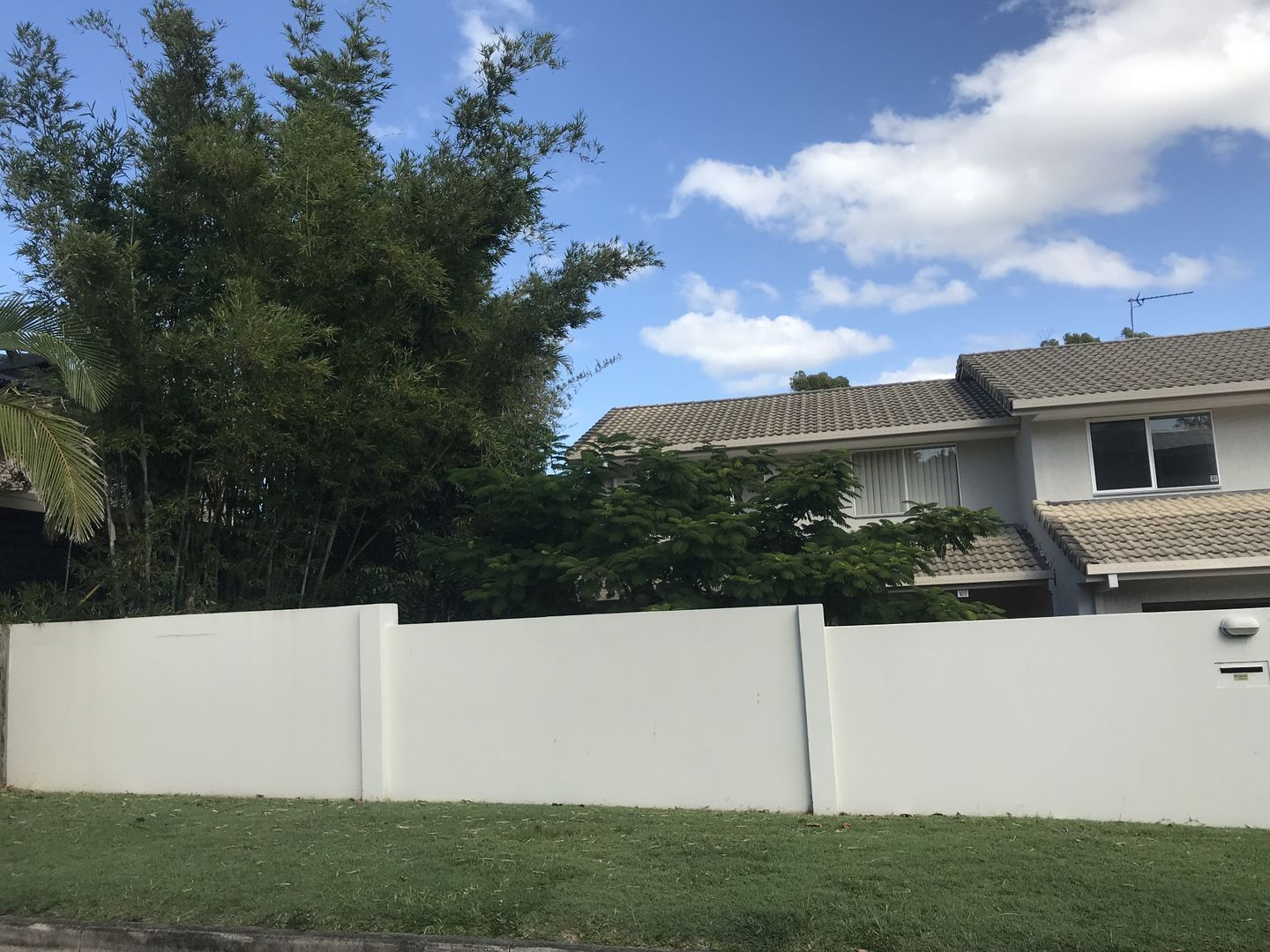 A/4 Wistaria Ave, Southport QLD 4215, Image 0