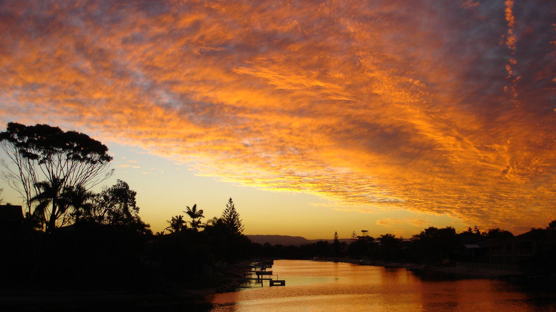 24 Avanti Street, Mermaid Waters QLD 4218, Image 2