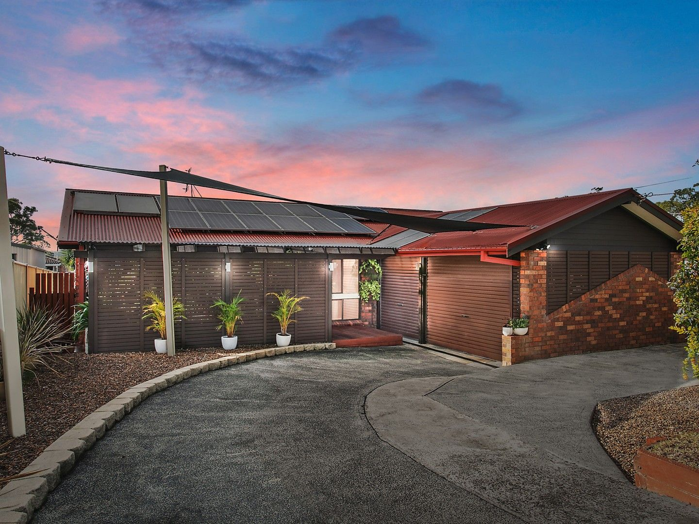 52 Dale Avenue, Chain Valley Bay NSW 2259, Image 0