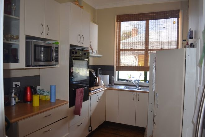 Picture of 28 McDonald Avenue, PAXTON NSW 2325