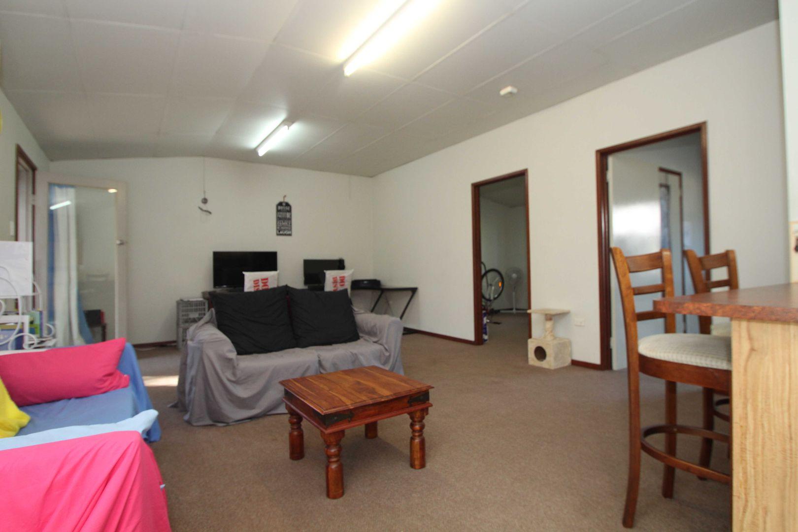 1 & 2/161 Wallace St, Warwick QLD 4370, Image 2