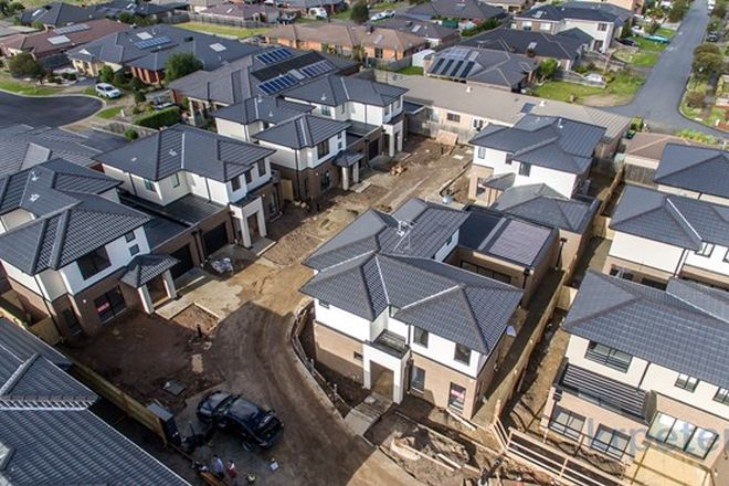 Picture of 4/38A Lily Way, SKYE VIC 3977