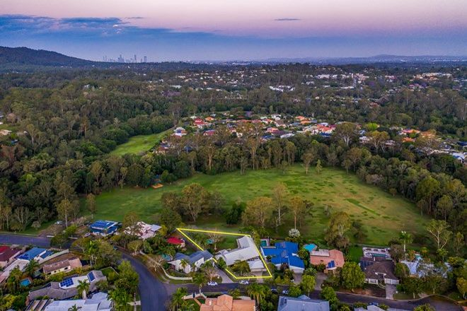 Picture of 6 Chadston Close, KENMORE HILLS QLD 4069