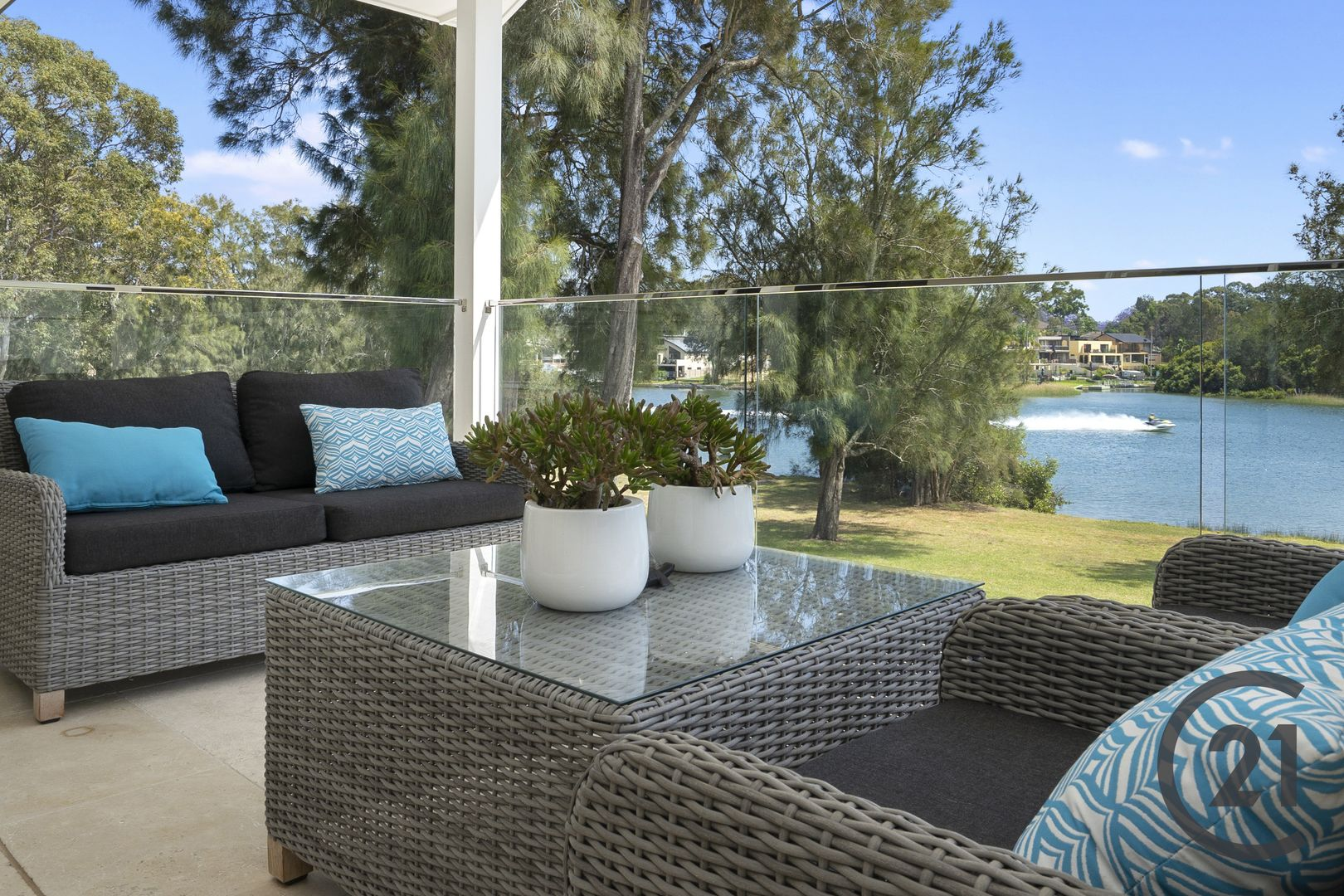 28 Riverview Road, Pleasure Point NSW 2172, Image 2