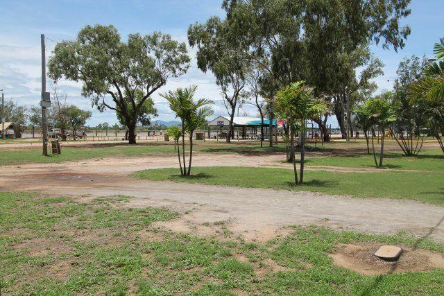 3/28 Hinkson Esplanade, Home Hill QLD 4806, Image 1