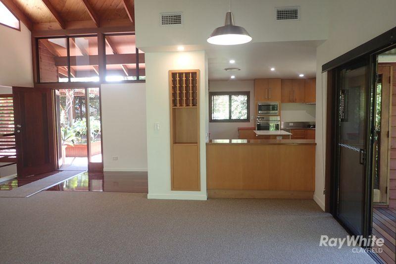 32 Grays Road, Hamilton QLD 4007, Image 1
