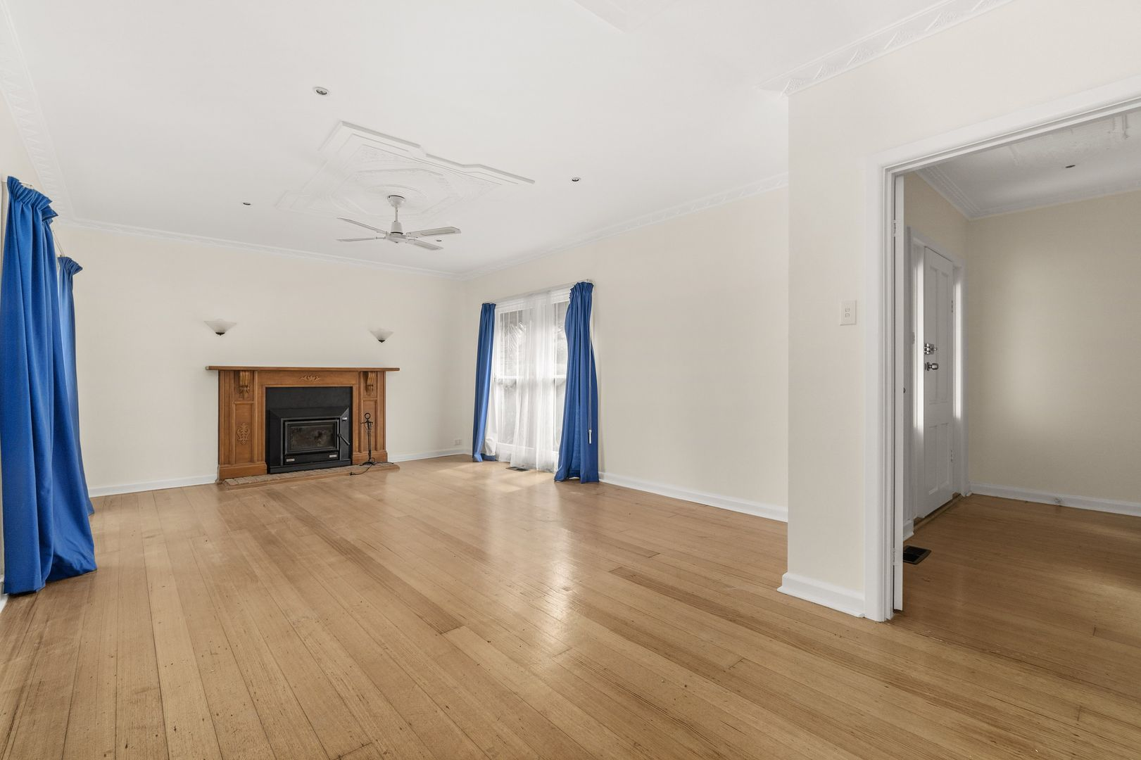 7 Haslemere Road, Mitcham VIC 3132, Image 2
